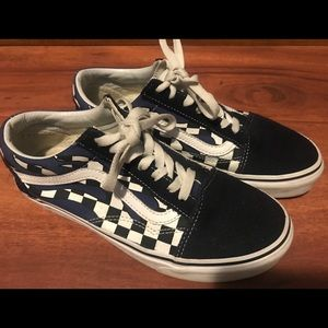 Vans low top with blue check